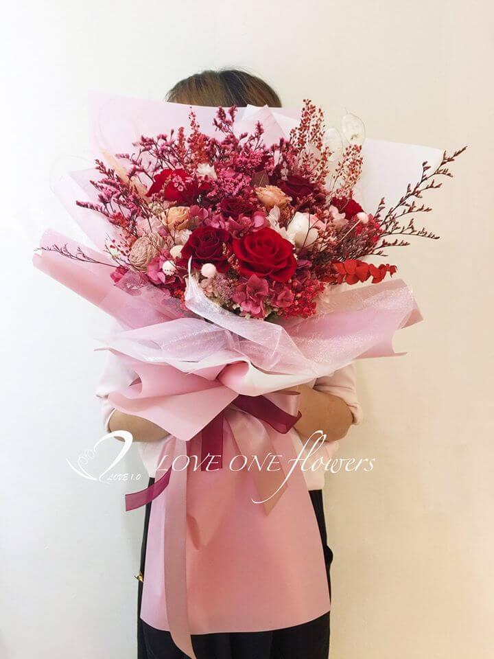 11朵永生花75公分大型求婚花束